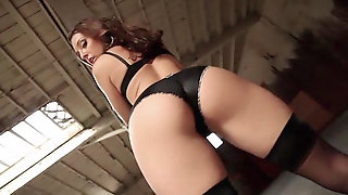 The Sexiest Bitch - Booty Moving Beauty Teases