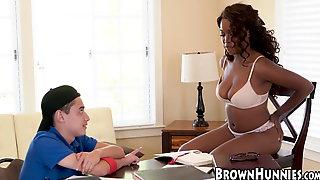 Ebony Hottie Daya Knight Dicked After Amazing Blowjob
