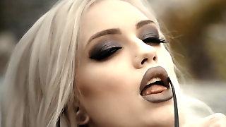 Incredibly Hot Goth Babe Alex Grey Loves Hard Sex!