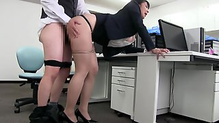 Japanese Big Tits Office Lady, Mashiro An 3