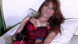 Very Ugly Filipino Ladyboy Wank And CUM On Belly