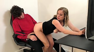Stepmom Helps Me Relax And Cum Before Going Out To Party - Matthias Christ