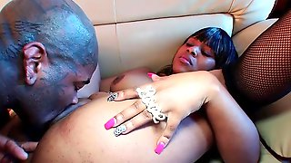 Ebony Whore Works A Monster Dick With Her Bouncy Ass