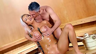 Perfect Milf Gets Her Pussy Demolished In The Sauna