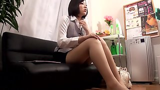 Beautiful Diva Gets Nailed In The Massage