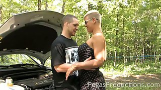 Lewd Slut With Short Hair Alyson Queen Provides Dude With Titjob And Blowjob