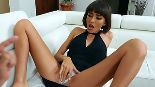 Gold Digging Wife Janice Griffith Cheating On Her Husband