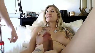 MILF shemale sex