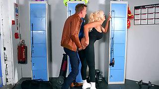 Lusty Tommie Jo Fucking Her Cop Ex-partner