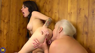 Juliene And Kaitlyn Lick Each Others Pussies At A Sauna