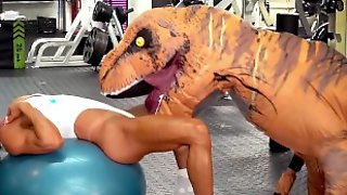 Camsoda - Hot Milf Stepmom Fucked By Trex In Real Gym Sex
