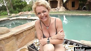 Short Haired MILF Kelly Has Fun With Handsome Youngster