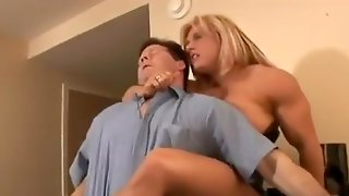 Muscle Girl Headscissor
