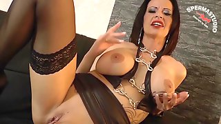 Euro Cougar Sucks Two Dicks At Once And Swaps The Cum At Orgy