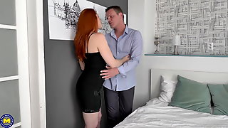 Sexy Redhead MILF Blow And Fuck Lucky Guy