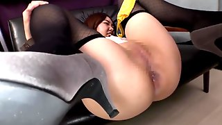 Japanese Business Girl Farting