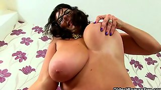 English Milf Fiona Takes Her Office Job Very Seriously