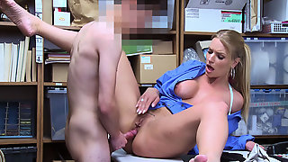 Blazing Female LP Officer Licked And Fucked By Shoplifters Johnson