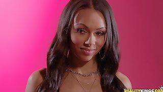 Glamour Ebony MILF Bethany Benz Hot Porn Video