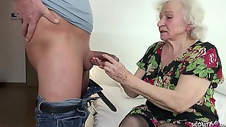 Handsome Dude Wants To Feed With His Strong Shaft Horny Granny