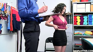 Curly Brunette With Juicy Booty Lyra Lockhart Gets Punished For Shoplifting