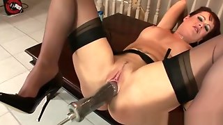 LadySonia-Brunette Brit MILF_FuckingMachine