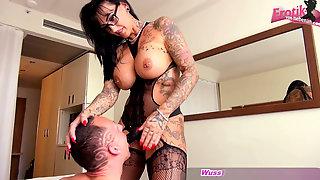 German Big Tits Latex Femdom MILF With Strapon Fuck Guy