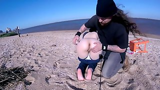 CUTE TEEN GROPED ON BEACH WITH WIND