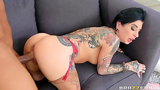 Heavy Tattooed Porn Star Cumming From Brutal Pussy Fucking. Pt.2