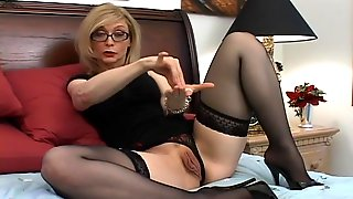 Mature Nina Hartley In Nylons Wearing Glasses Gives Great Bj