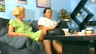 Geile Alte Hausfrau In Strapsen U Nylons - Anal Gefickt Xxx 16m48s