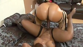 Thick African Lesbos Love Using Their Strapon