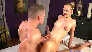 Babe Blows A Cock In The Hope Of Getting Total Orgasm