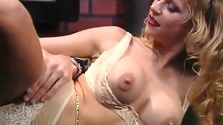 Madam With Belly Chain Fucking Very Well