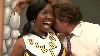 Black Cheerleader Gets Well-had Intercourse