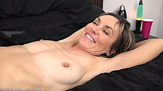 Mom Lilian Tesh Wakes Up A 18 Years Old Stud  - High-definition