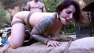 Webcam shaved ass panties