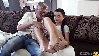 DADDY4K. Old Man Satisfied kuzya-spb.rual Needs Of His Sons Girlfriend