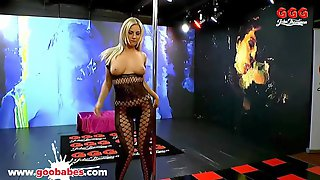 Super Hot Babe Nathaly Cherie Gets Creamed - German Goo Girls