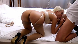 Big Ass Girl Masturbate And Suck Cock Helena Moeller