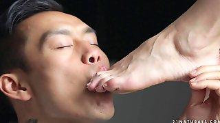 Hot Babe Lindsey Olsen Foot Fetish