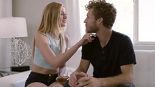 Lucky Guy Finds Her Favorite Pornstar Alexa Grace Via Online Dating App