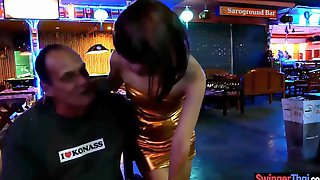 Petite Thai Hooker Wife Goes With Stranger Short Time