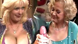GRANNY SEX SHOW 6