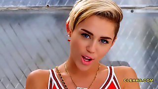 [NEW] Miley Cyrus Cootchie Pictures From #TheFappening Bare LEAKED