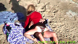 Nude Couples Plumbing On The Beach By Voyeur Camera Parte Two