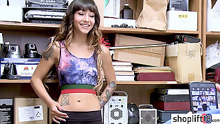 Tattoed Latina Teenage Hides Stolen Glasses In Her Trousers