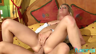 Light-haired Mummy Kia Winston Anal