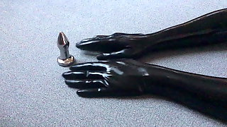 Only Latex-Gloves