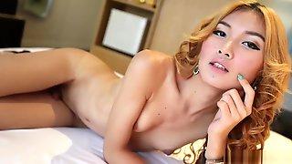 HELLOLADYBOY Nasty Ladyboy Filled Up With Enormous Penis